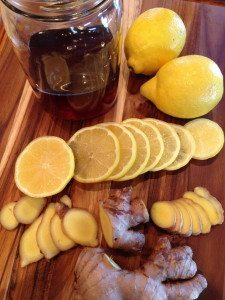 Honey with ginger and lemon